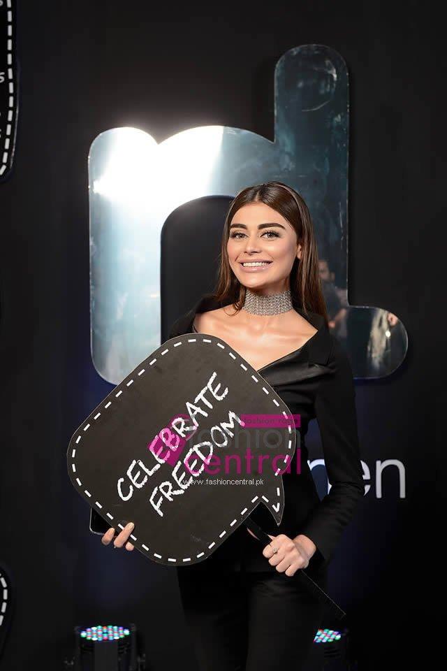 Nishat Linen Photo Booth Hum Style Awards 2016