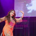 Sana Fukher Paying trbute to Madam Noor Jehan