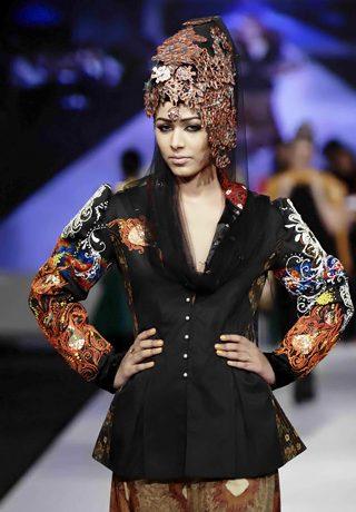 Ali Xeeshan's Collection at PFDC Sunsilk Fashion Week 2010 Karachi