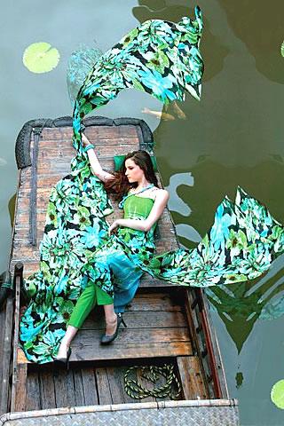 Lawn prints 2010 by Gul Ahmed