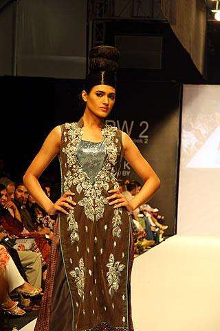 Monia Farooqi at Karachi Fashion Week 2010