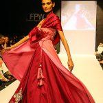 Mehreen Syed at Karachi Fashion Week 2010