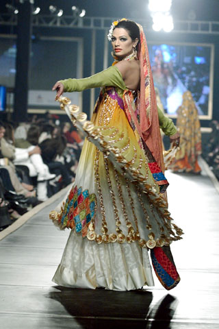 Nilofer Shahid Collection at Bridal Couture Week 2010