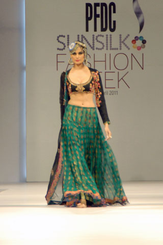 Mehreen Syed at PFDC Fashion Week 2011 Lahore