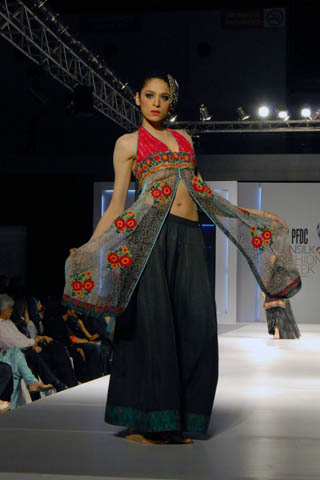 Nickie Nina's Latest Collection at PFDC Sunsilk Fashion Week Lahore