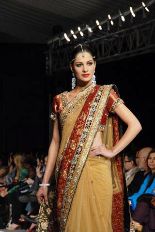 Rehana Saigol's collection at PFDC Sunsilk Fashion Week 2010