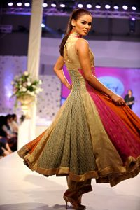 Saadia Mirza's Pakistani Fashion Collection at Veet Celebration 09