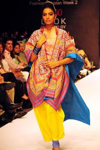 Sanam Chaudhri at Fashion Pakistan Week 2010