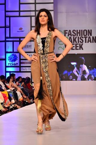 Ayesha F Hashwani at Fashion Pakistan Week 2012 Day 1, Fashion Pakistan Week 2012