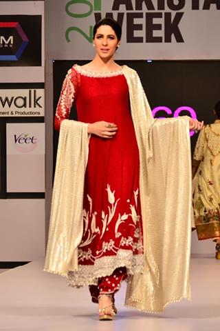 Bunto Kazmi at Fashion Pakistan Week Day 1, Bunto Kazmi at Fashion Pakistan Week 2012