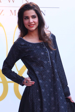Crescent Summer Lawn Fashion Show 2012 in Karachi, Lawn Fashion Show 2012