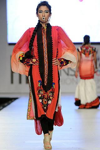 Meesha Shafi at PFDC Sunsilk Fashion Week 2012 Day 3