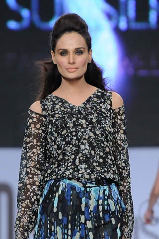 Pakistani Top Model Mehreen at PFDC Sunsilk Fashion Week 2012
