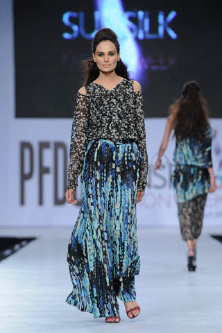 Mehreen Syed at PFDC Sunsilk Fashion Week 2012 Day 4