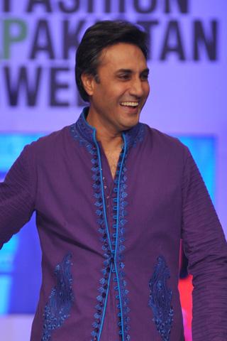 Nomi Ansari at Fashion Pakistan Week 2012