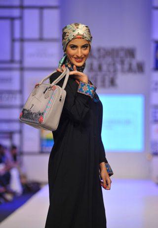 Tapu Javeri at Fashion Pakistan Week 2012 Day 4, Fashion Pakistan Week 2012