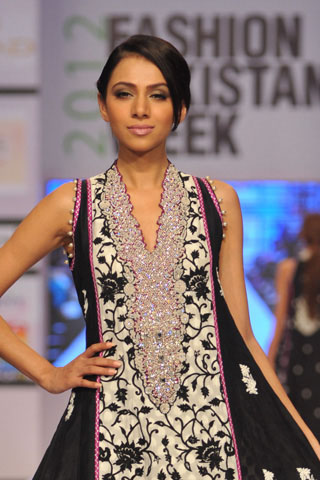 Umar Sayeed at Fashion Pakistan Week 2012