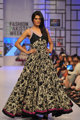 Umar Sayeed at Fashion Pakistan Week 2012 Day 2, Fashion Pakistan Week 2012