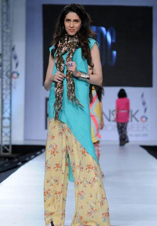 Zara Shahjahan at PFDC Sunsilk Fashion Week 2012 Day 4, PFDC Sunsilk Fashion Week 2012