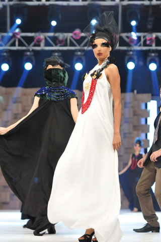 Ali Xeeshan Collection at Lux Style Awards 2011