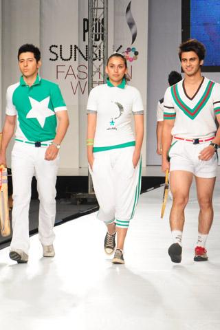 Ammar Belal at PFDC Sunsilk Fashion Week 2012 Day 2, PFDC Sunsilk Fashion Week 2012
