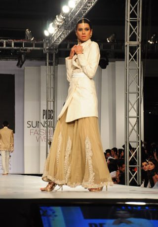 HSY at PFDC Sunsilk Fashion Week 2012 Day 4, PFDC Sunsilk Fashion Week 2012