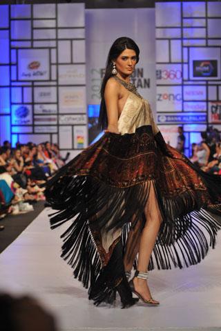 Shehla Chatoor at Fashion Pakistan Week 2012 Day 2, Fashion Pakistan Week 2012