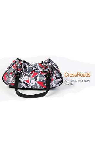 Summer Collection of Bags By Crossroads, Latest Handbags Collection 2011