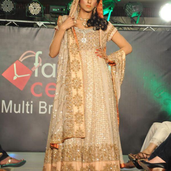 Aisha Imran Bridal Wear Collection in Bridal Fashion Show