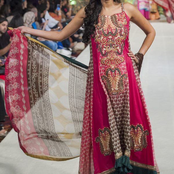 Al Zohaib Collection at Weddings of Asia London 2014