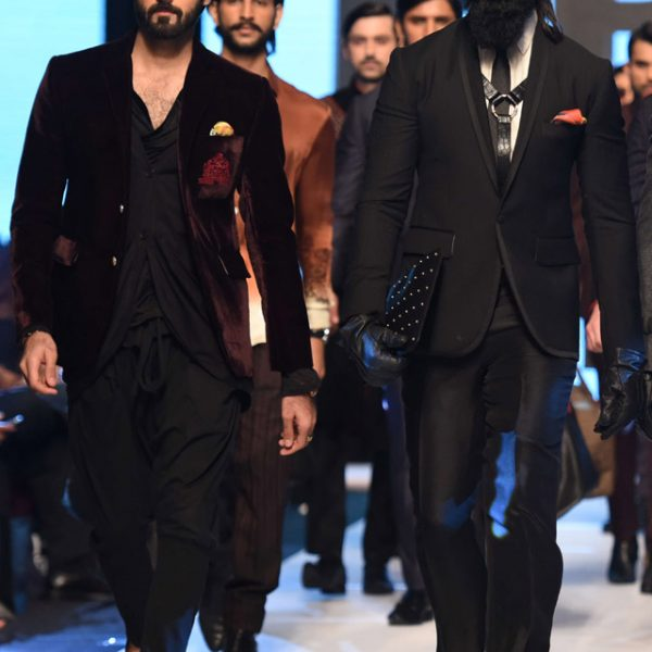 """Deepak Perwani """"Everything but the Girl"""" Collection at FPW14"""