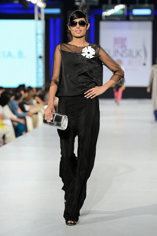 Maria B. Collection at PFDC SFW 2013