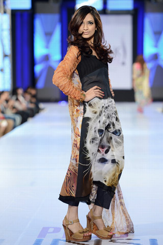 Moon Textile Collection at PFDC Sunsilk Fashion Week 2013 Day 2
