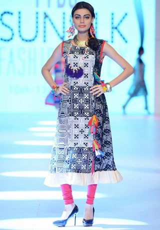 Nimsay By Nimra Textile Collection at PFDC Sunsilk Fashion Week 2014 Day 4