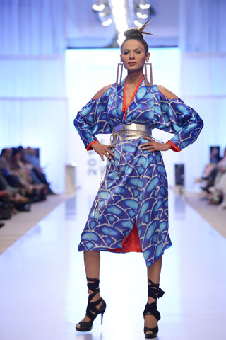 Sanam Chaudhri Collection at Fashion Pakistan Week 2012 Day 2, FPW4