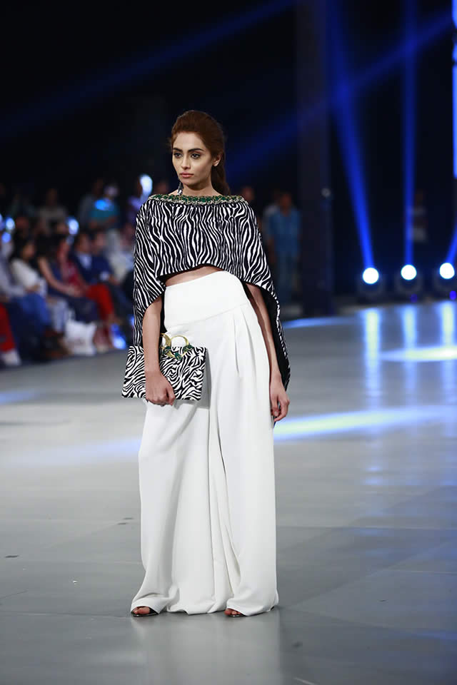 2016 PSFW Mahgul New Collection Pictures