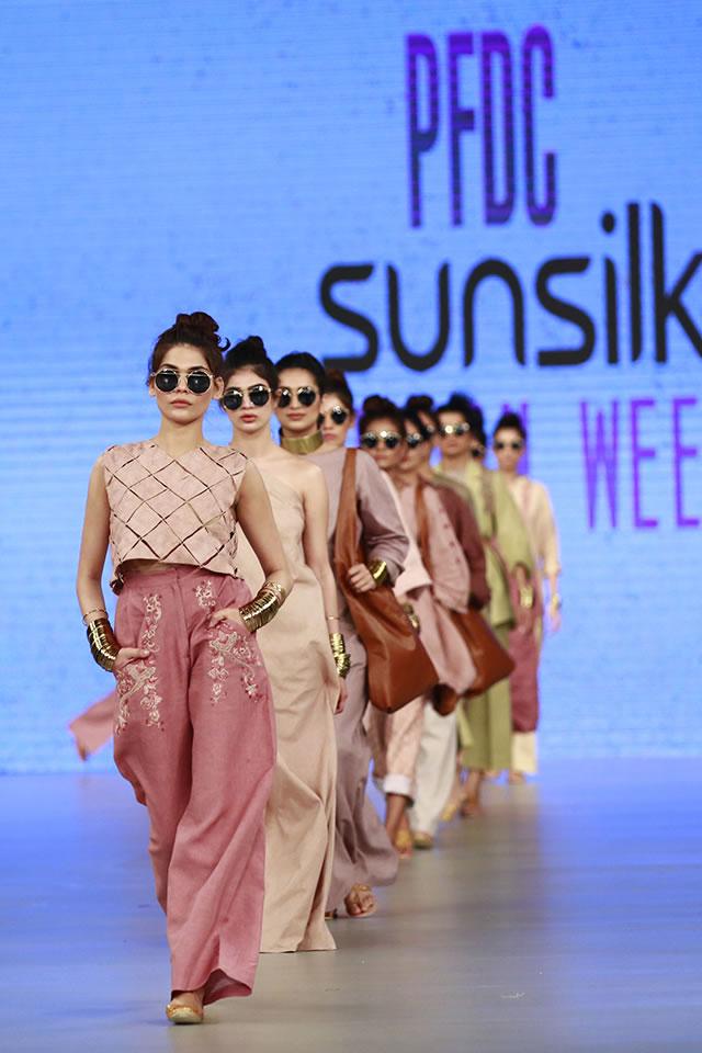 2016 PSFW Zara Shahjahan Dresses Collection Photos