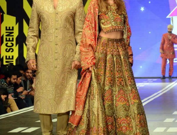 Ali Xeeshan Latest Dresses at Runway Pakistan 2016