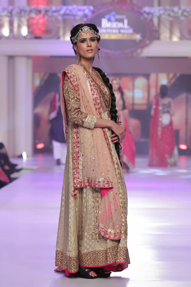 Ayesha Ibrahim Collection Telenor Bridal Couture Week 2015 Pics