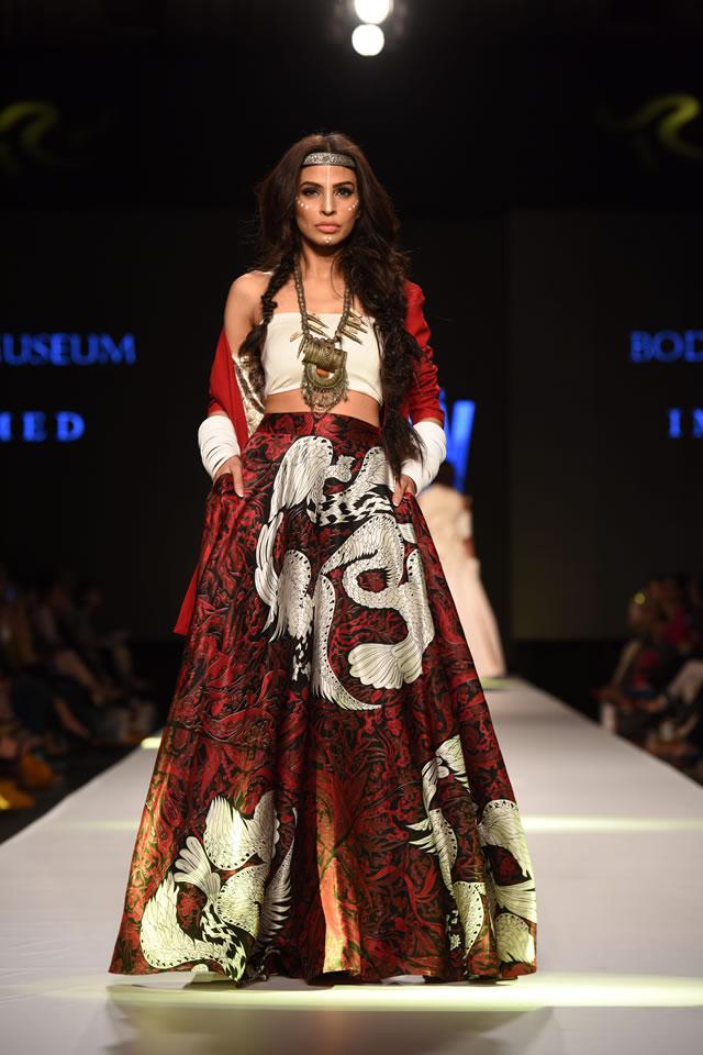 2015 Telenor Fashion Pakistan Week Body Focus Dresses Photos