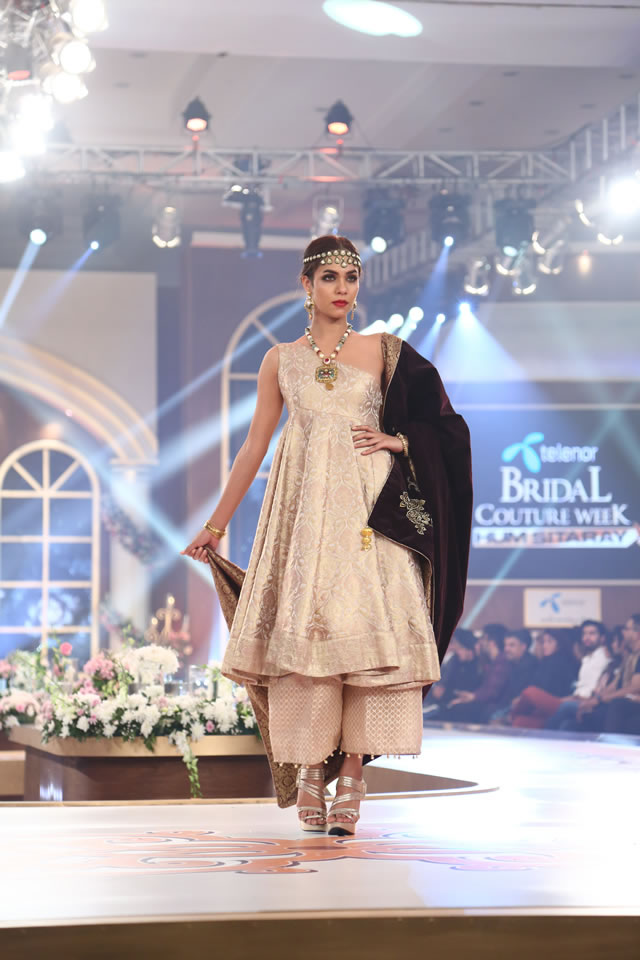 TBCW 2015 Damas Jewelry Gallery