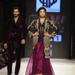 2015 Deepak Perwani Dresses Pics