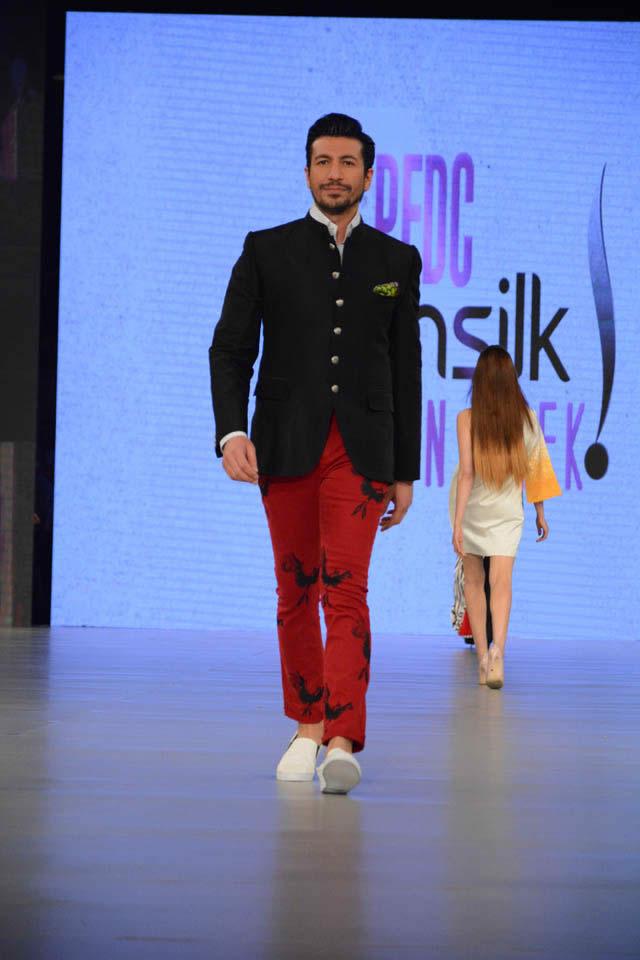 2016 PSFW Deepak Perwani Dresses Gallery