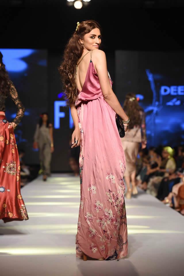Telenor Fashion Pakistan Week Deepak Perwani Dresses Picture Gallery