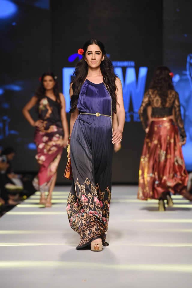 Telenor Fashion Pakistan Week Deepak Perwani Dresses 2015 Images