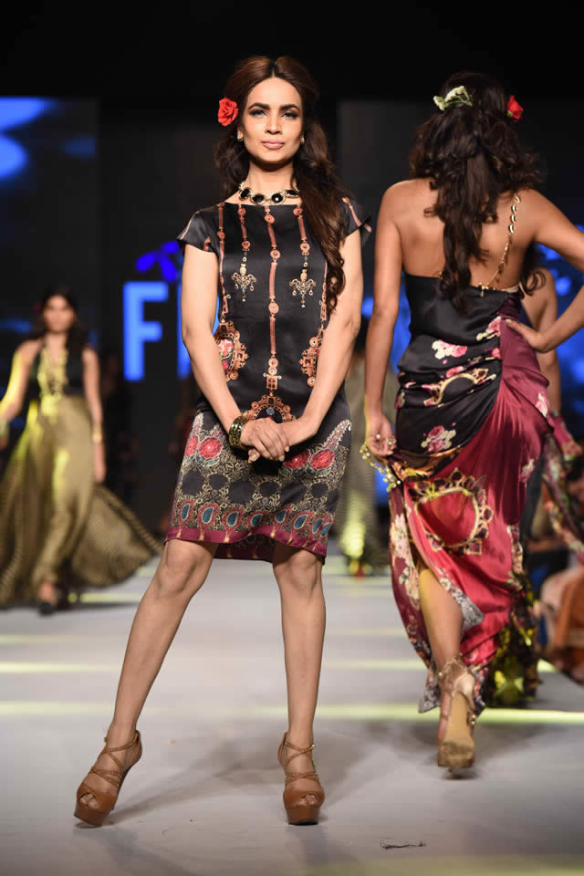 Telenor Fashion Pakistan Week Deepak Perwani Dresses 2015 Gallery