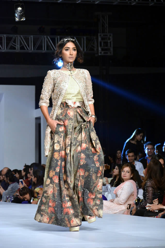PFDC Sunsilk Fashion Week Fahad Hussayn Collection Pictures