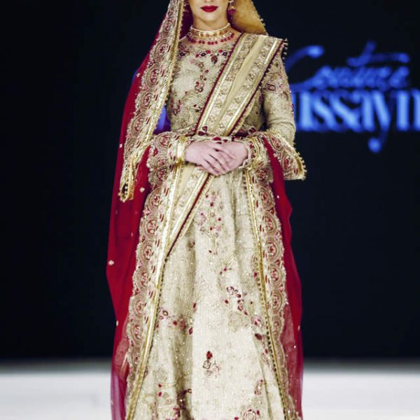 Fahad Hussayn Dresses at Mercedes Benz Fashion Week Doha 2016
