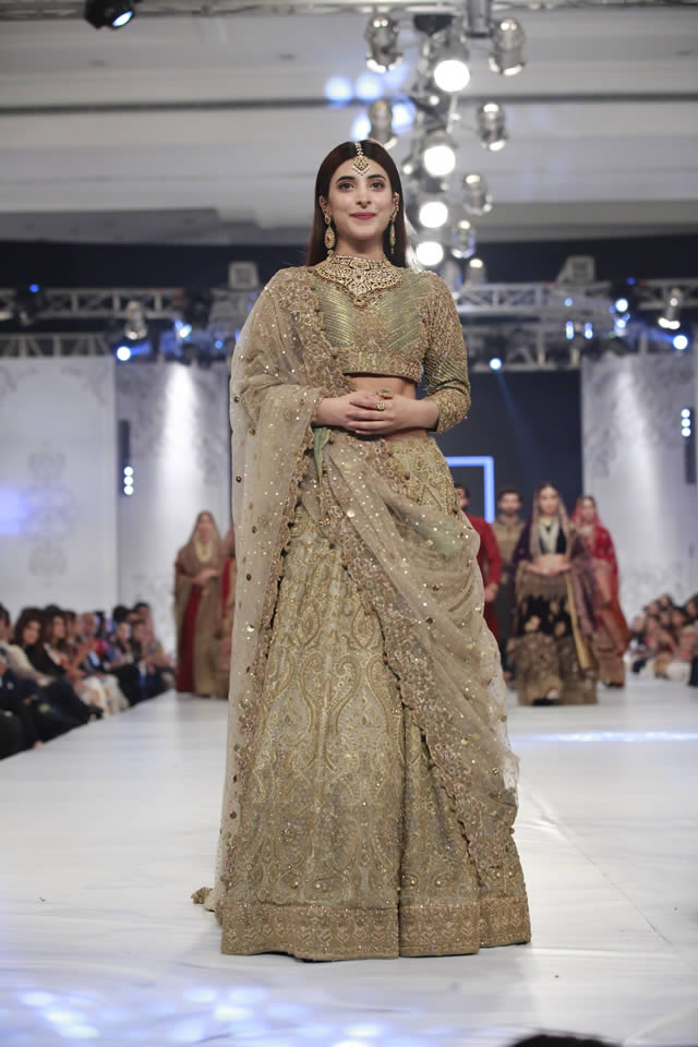 HSY Couture Collection at PFDC LOreal Paris Bridal Week 2016
