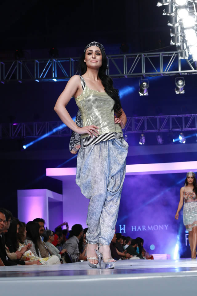 PFDC Sunsilk Fashion Week 2015 Harmony Formal Dresses